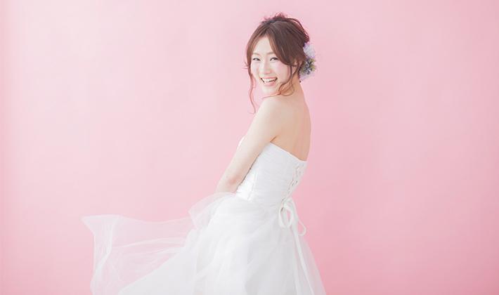 356a4223aebf7 知っておきたい!二次会用ウェディングドレスの選び方 結婚式二次会 ...